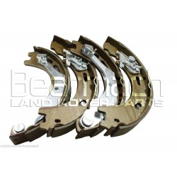 Discovery 3 4.4 V8 Rear Handbrake Shoe & Spring Set LR031947